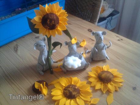 Zonnebloemen met muizen w