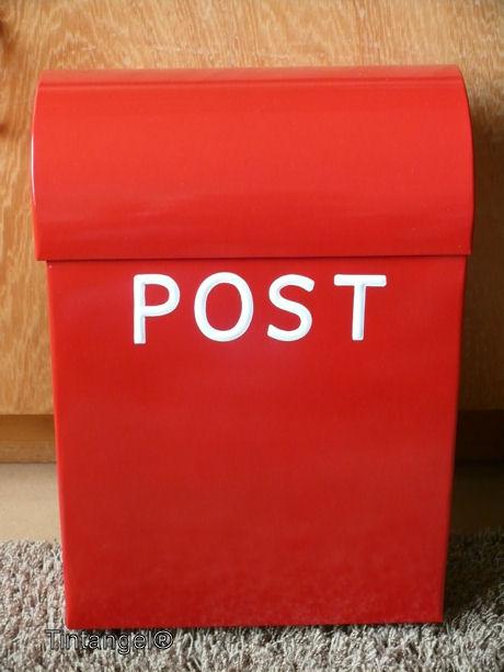 Voorkeur Hij is er, onze Noorse rode brievenbus! - Rondom Tintangel @EK-71