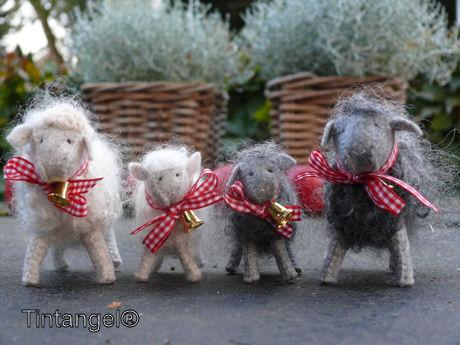 Kerstschaapjes wit en grijs