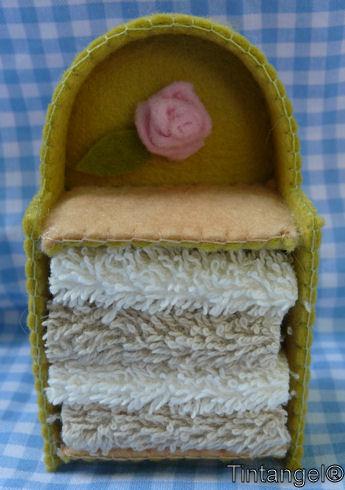 Handdoekenkastje + web