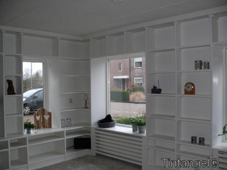 Inbouwkast woonkamer hoek for Decoratie naast tv