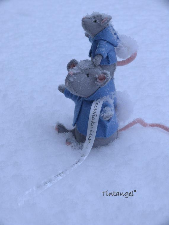 Sneeuwmuis in sneeuw 2 etsy
