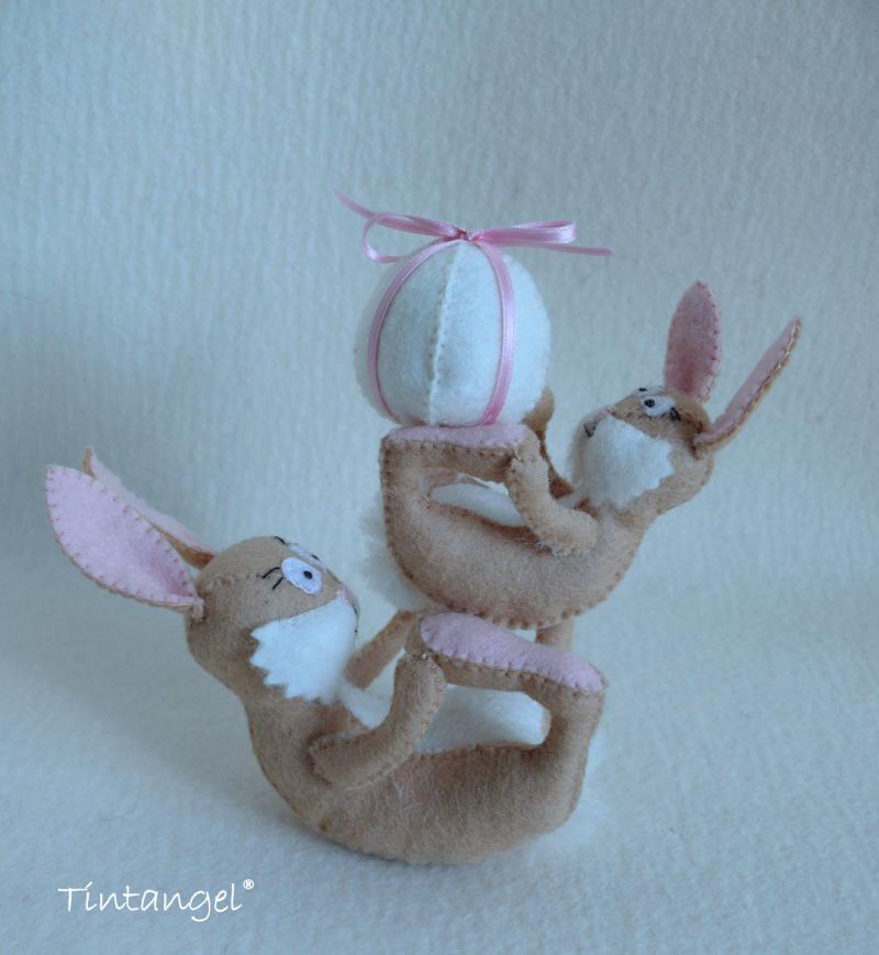 E Bunny stack