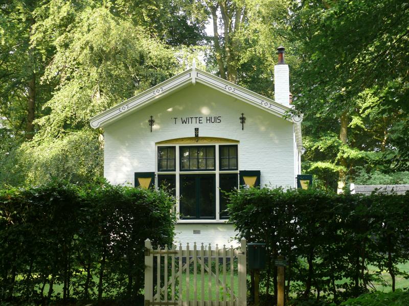 Witte huis voor