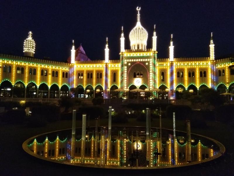 Tivoli bij nacht